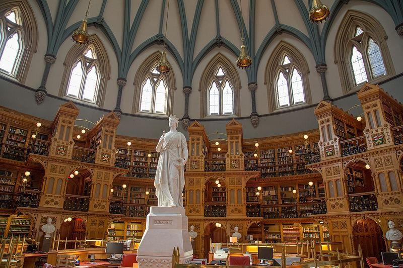 کتابخانه دانشگاه اوتاوا
